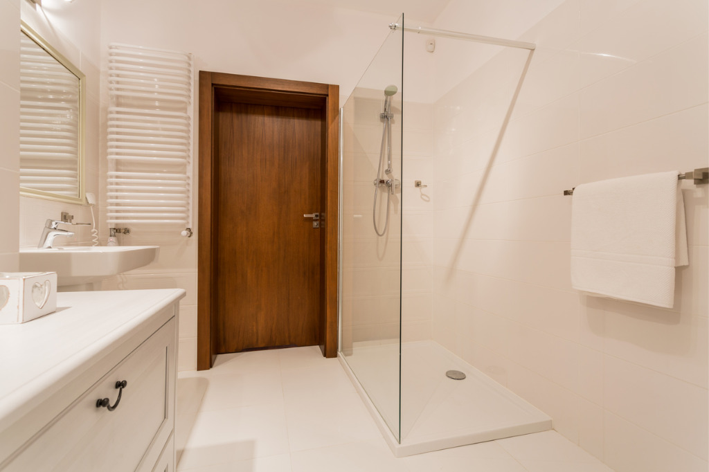 Walk in Showers | Bath replacements
